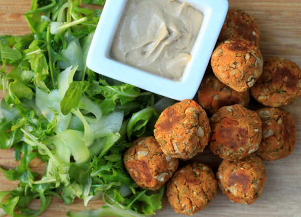 sweet potato falafels with tahini sauce the little green house. Black Bedroom Furniture Sets. Home Design Ideas