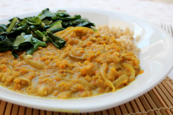 Vegan rentil and coconut milk dahl