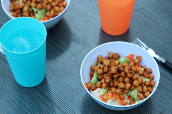 Spicy chickpeas that can be whipped up in 5 minutes - perfect for campsite cooking
