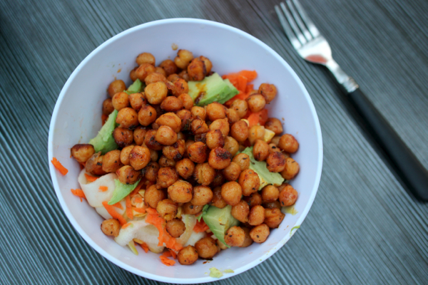 Easy three-ingredient spicy chickpeas