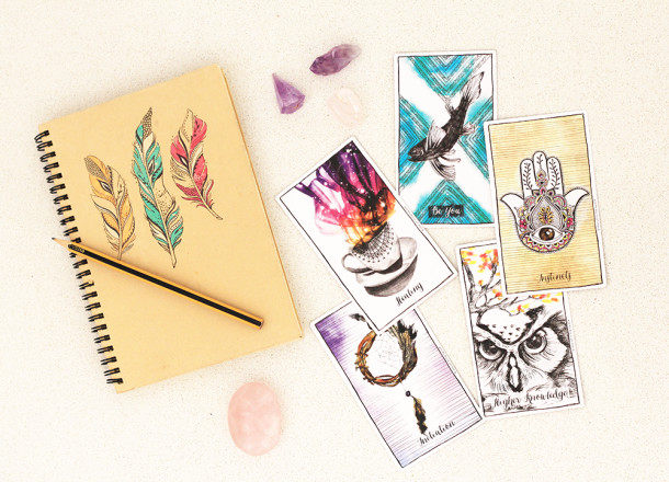 Intuitive card reading with Alana Helbig